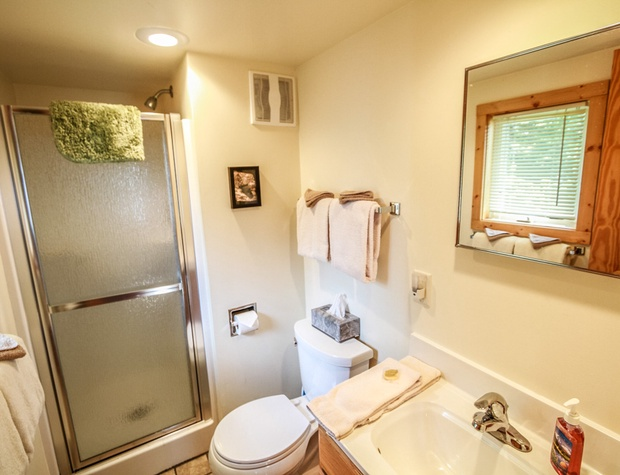 SuperiorReflections2-4-Bathroom1.jpg