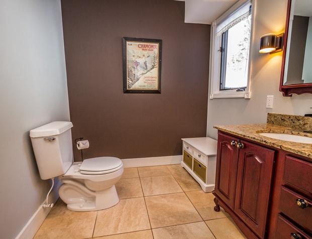 BlueHouse-7-Bathroom1.jpg