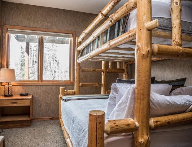 CH 518-4-Bedroom2-1.jpg