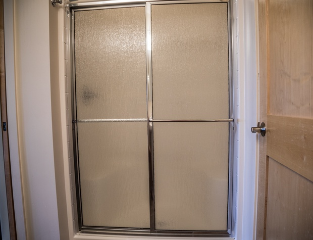 Aspenwood6544-5-Bathroom2-2.jpg