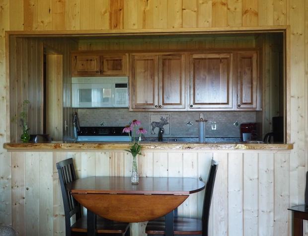 CLV 13_-kitchen owner photo.jpg