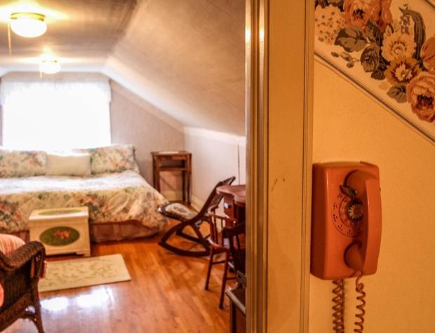 SuperiorOverlook-6-Bedroom4-1.jpg