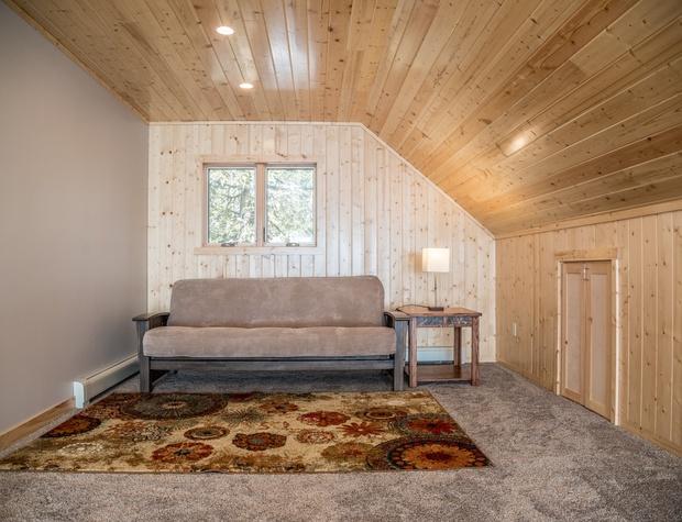 Cedar Shores-5-Loft1.jpg