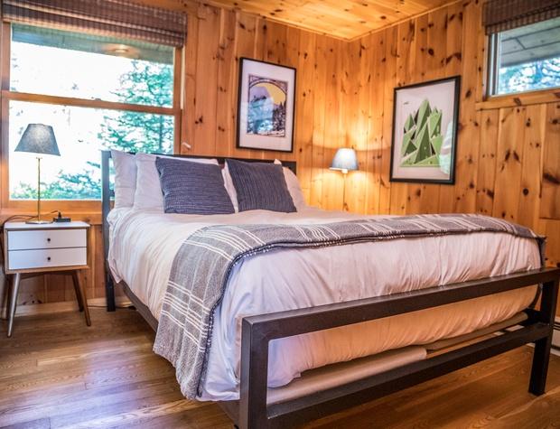 Baileys-5-Bedroom3-1.jpg
