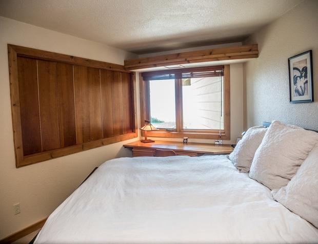 13B-3-Bedroom3.jpg