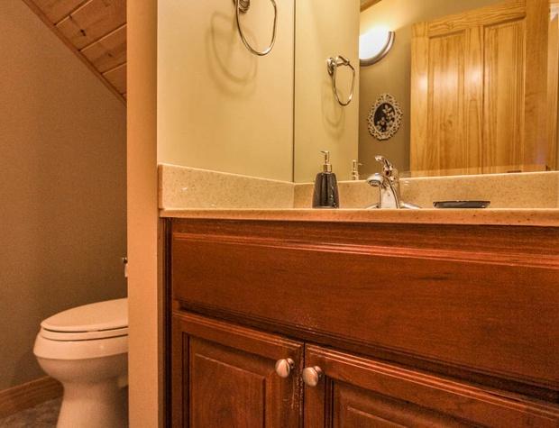 CCV4-5-Bathroom-1.JPG