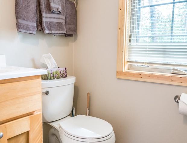SuperiorRelfections3-5-Bathroom1-1.jpg