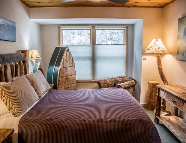 BluefinBay56-4-Bedroom3-1.jpg