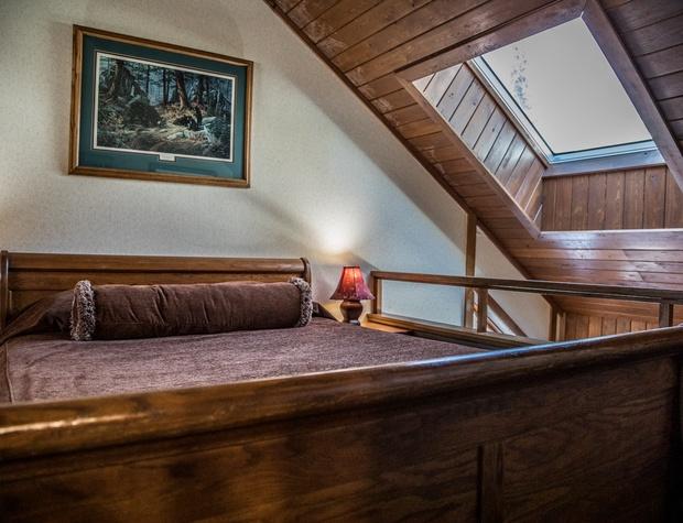 CH 511-4-Bedroom1-2.jpg