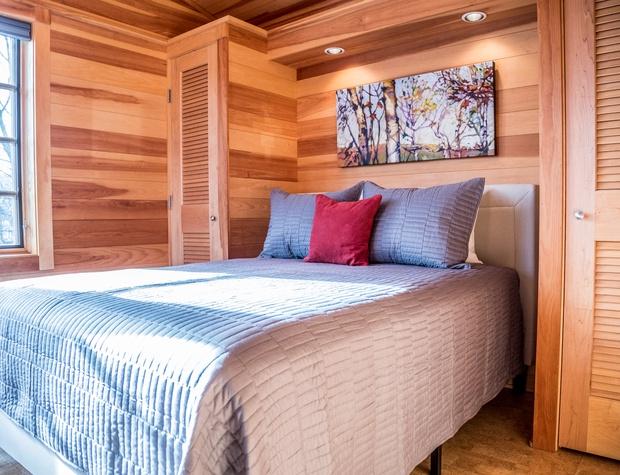 GM House of Light-4-Bedroom1-1.jpg