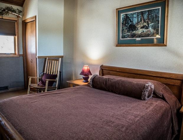 CH 511-4-Bedroom1-3.jpg