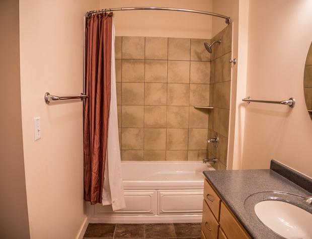 Aspenwood6544-4-Bedroom2-4.jpg