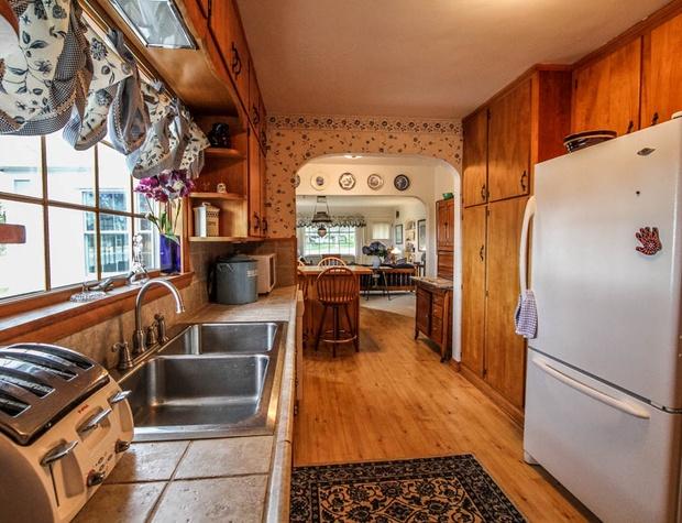 SuperiorOverlook-4-Kitchen2.jpg