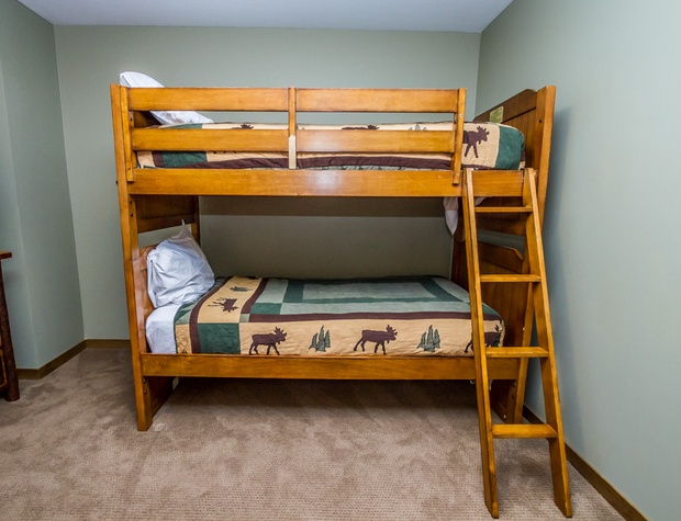 CH542-4-Bedroom2-4.jpg