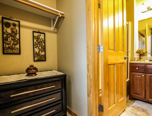 CCV4-5-Bathroom-2-1.JPG