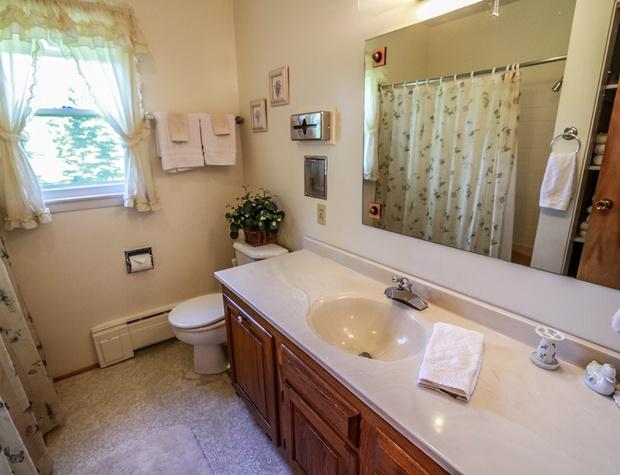 Parkview-6-Bathroom1.jpg