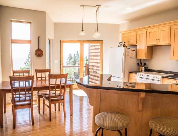 Aspenwood6542-3-Kitchen1.jpg