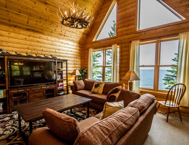 Anchor Point-2-LivingRoom2.jpg