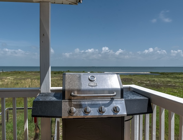 Outdoor grilling Dauphin Island Beach House