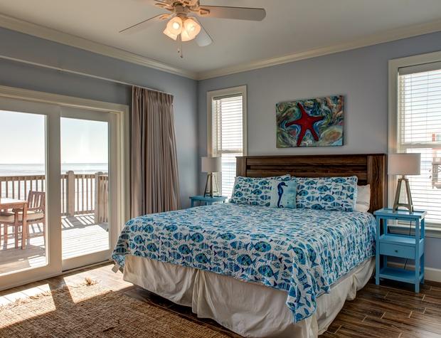 SW Master Bedroom on Gulf