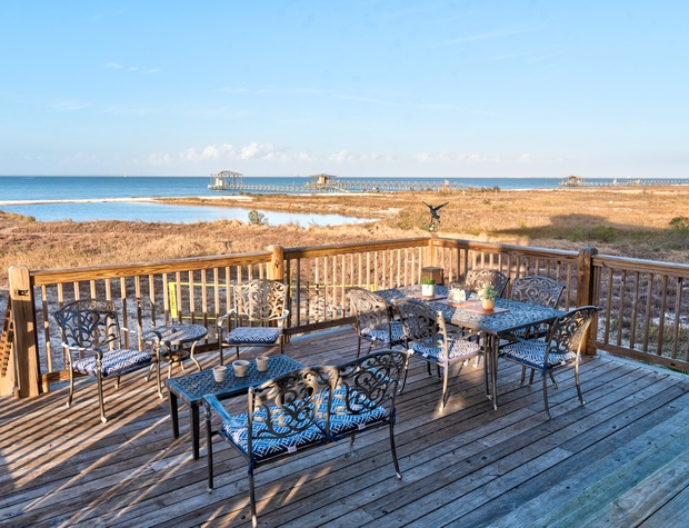 Bayside Dining Dauphin Island