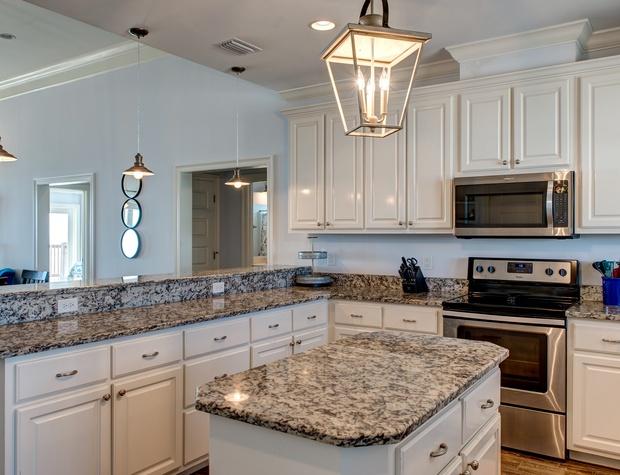 Large Kitchen with Island Dauphin Island