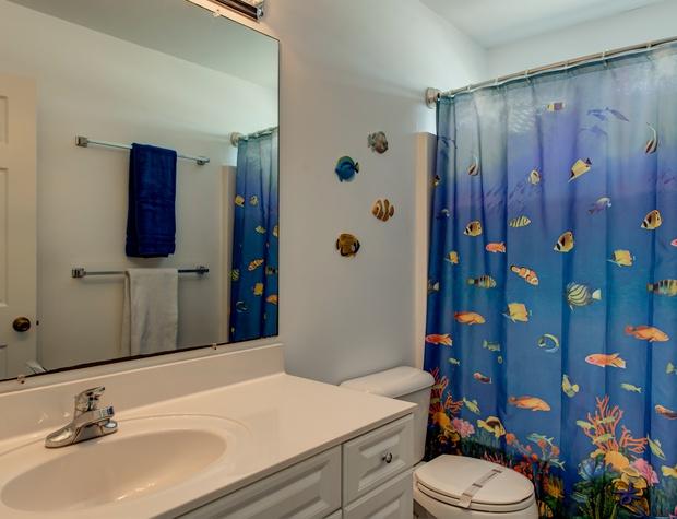 50 Bathroom 1.jpg
