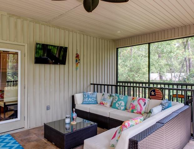 Outdoor Living Sports and a Breeze at La Retraite
