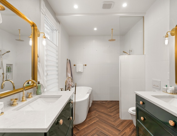 Shower and Soaking Tub in the Primary Ensuite Bathroom
