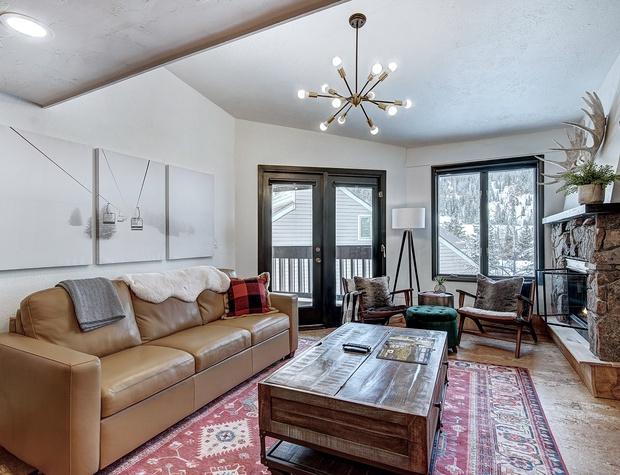 Living Area with SmartTV & Queen Sleeper Sofa