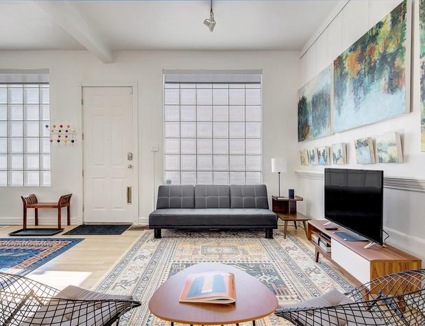 Living Area with TV & Futon