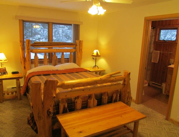 White Pine Master Bedroombath.jpg