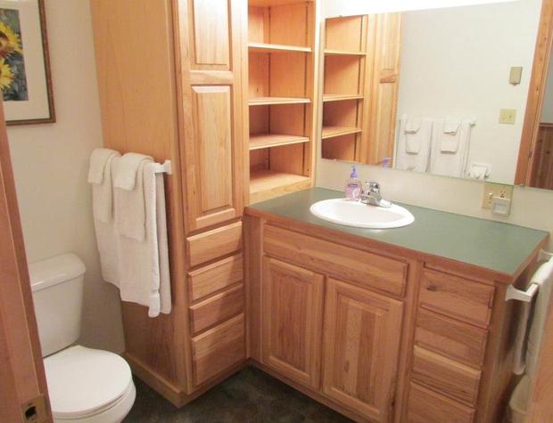 White Pine Bathroom 1.jpg