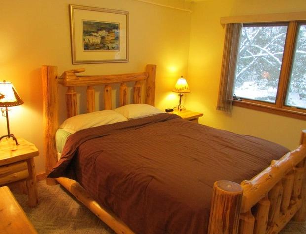 White Pine Bedroom.jpg