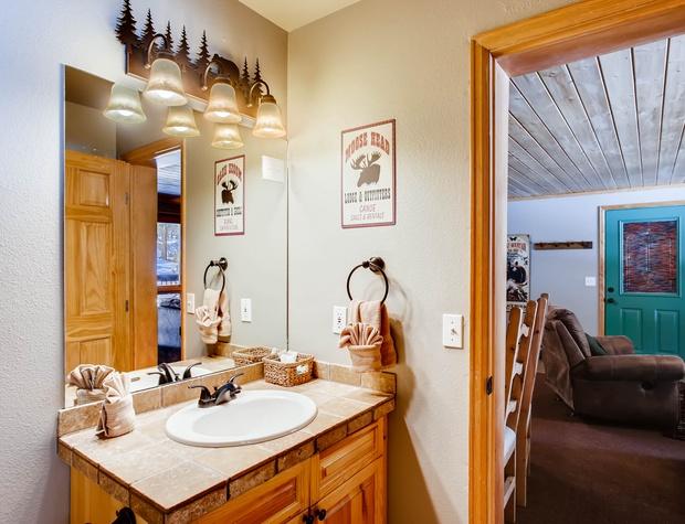 10 Creekside Suites 12.jpg