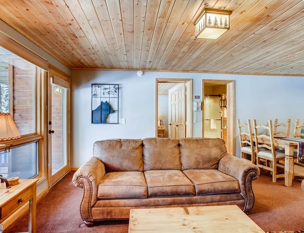 03 Creekside Suites 12.jpg