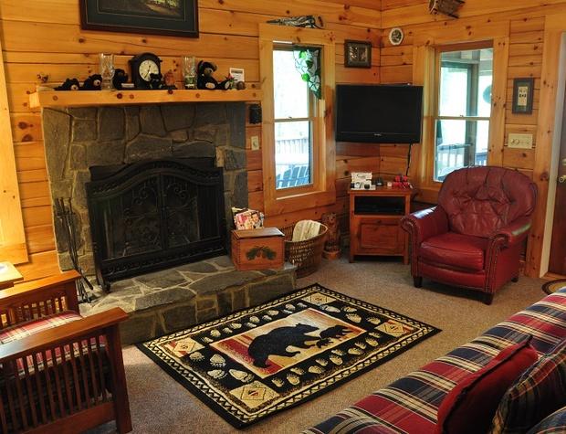 whispering-woods-cabin (9).jpg