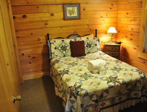 whispering-woods-cabin (13).jpg