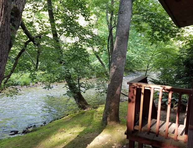 creekside-hideaway (2).jpg