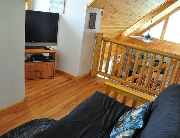 Full Sized Futon and TV in the Loft