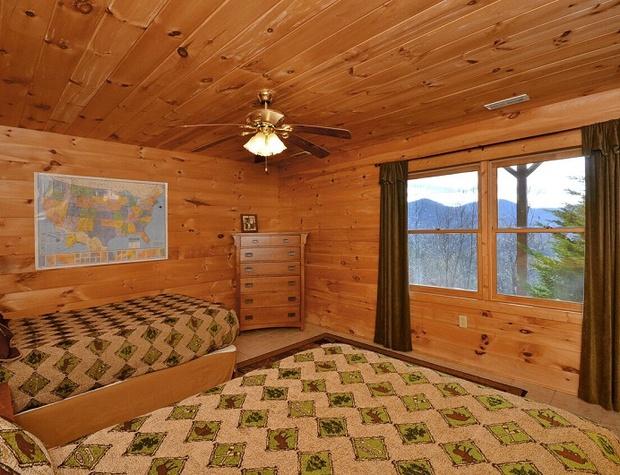 cloud-10-mountaintop-guesthouse (19).jpg