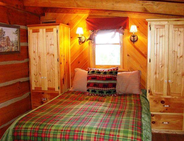 bear-hug-cabin (6).jpg