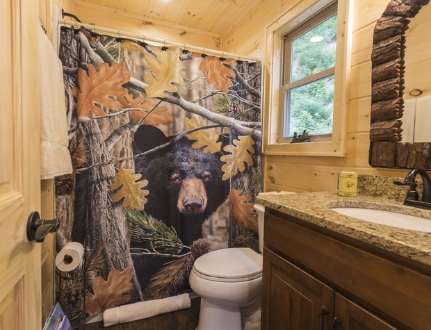 bathroom-01_orig.jpg