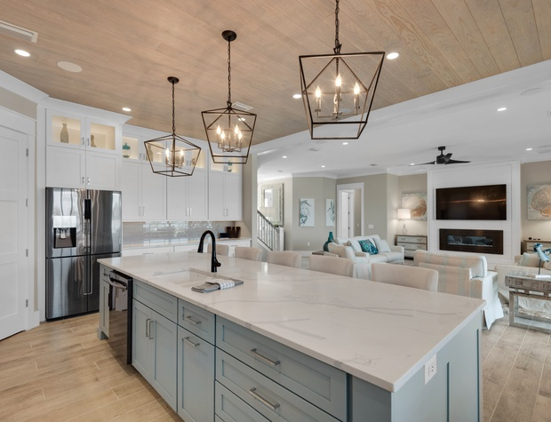 Lakeside Rendezvous | Open concept kitchen