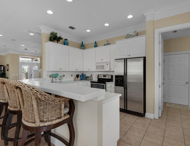 Sunset Cove | Kitchen