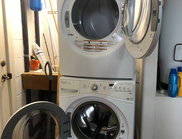 Casa del Sol | Full Sized Front Load Washer and Dryer