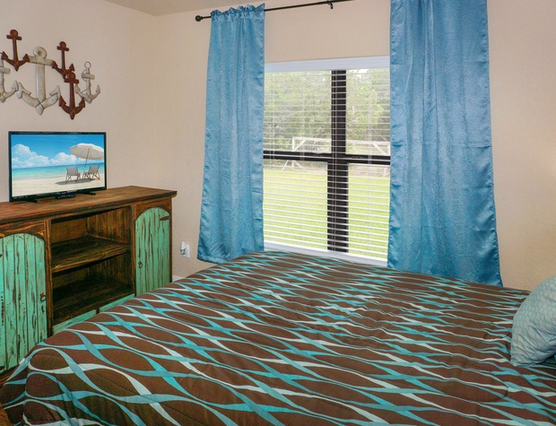 bedroom 3 with flatscreen television