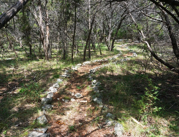 Path down to the river bed