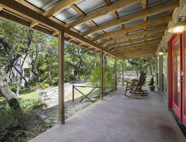 Guest House Front Porch