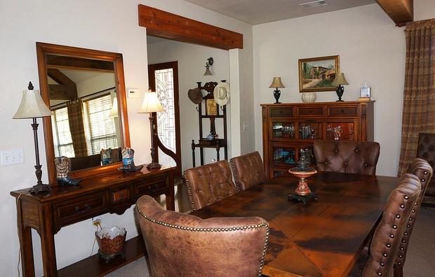 Rustic elegant dining table